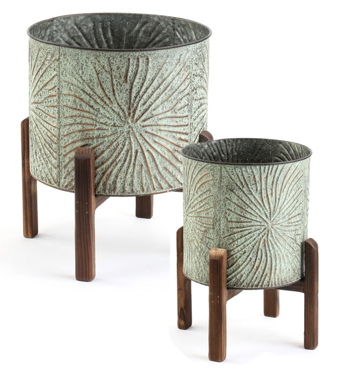 Embossed Tree Cover on Stand, Set o