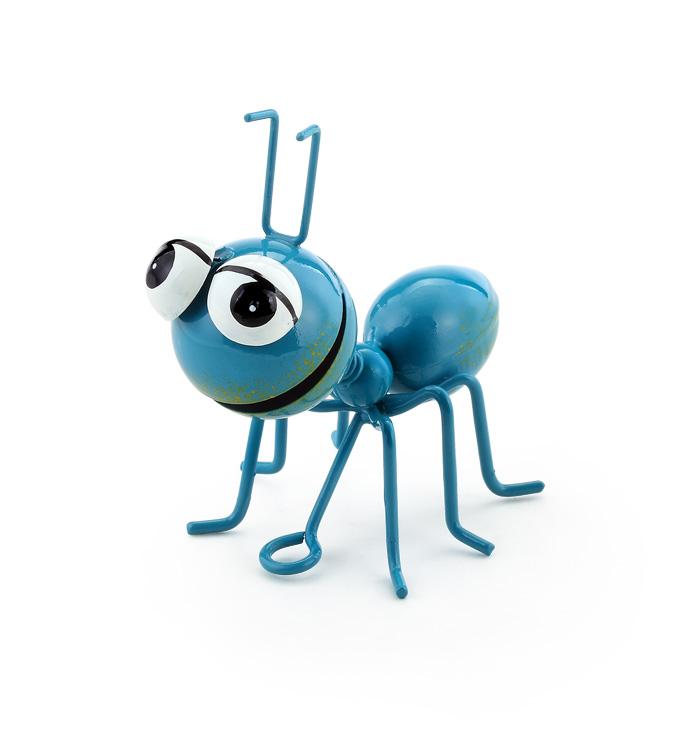 Blue Picnic Ant